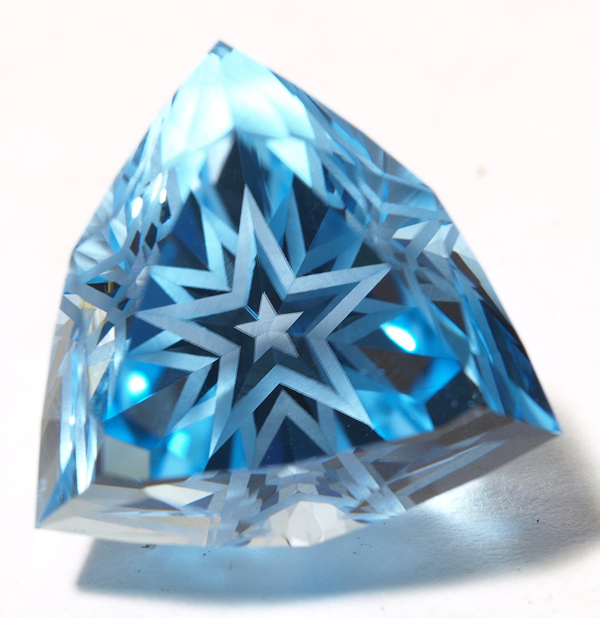 "Tri-StarCutGem Blue Topaz ""Electric Blue Topaz"" American Faceting Custom Cut"